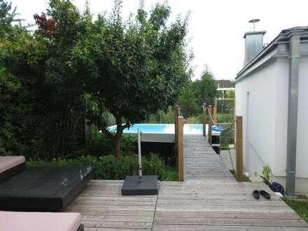 Keferfeld, neuwertiges Einfamilienhaus mit Pool, 146 m² WNFL, 5 Zimmer, Kamin, Küche möbliert, Carport, grosser Keller!