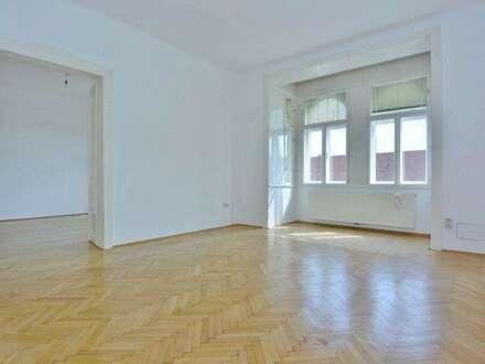 Lichtdurchflutete - stilvolle 3 Zimmer Altbauwohnung im Zentrum von Baden!