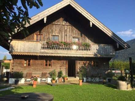 Romantisches Holzblockhaus - inkl. Seeblick - für Naturliebhaber in Mondsee-Loibichl zu vermieten!