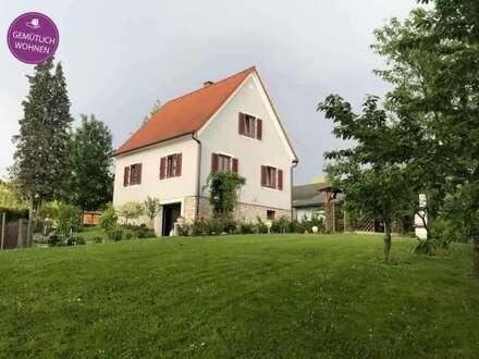 Geschmackvolles Einfamilienhaus mit großzügigem Grundstück!