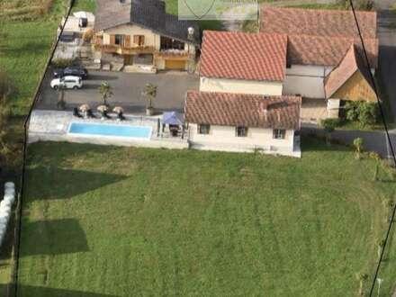Einzigartiges luxuriöses Anwesen ! Neues Wohnhaus mit infinity Pool, Gästehaus,Whirlpool,Garagen!
