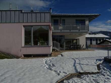 Haus mit Einliegerwohnung / Eigentumswohnung in sonniger Lage von St.Veit