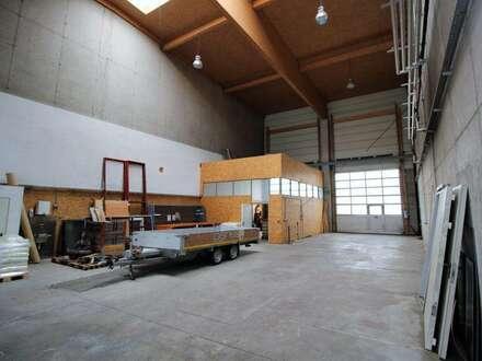 Halle im Industriegebiet Villach West