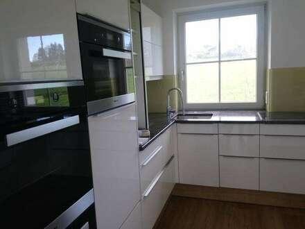 Schöne große 3 Zi- Wohnung in Elixhausen