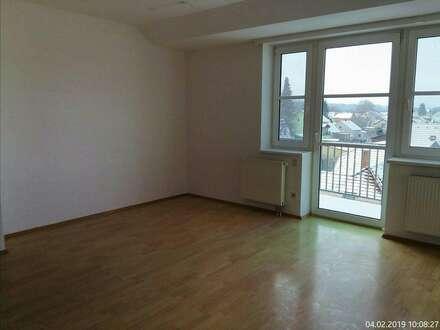 3 Zimmer - Dachgeschosswohnung mit Fernblick....