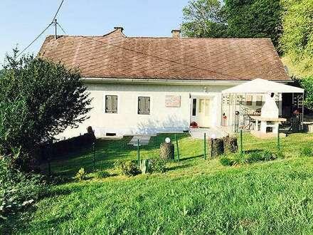 Elegantes Haus mit Flair ..! Panoramablick .., 2 Terrassen .., 2 Bäder .., Gewölbekeller .., uvm.!