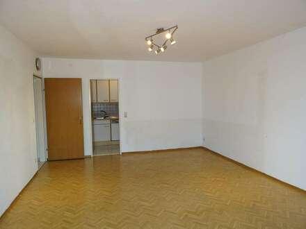 Sehr sonnige 3-Zimmerwohnung mit Wintergarten in Henndorf