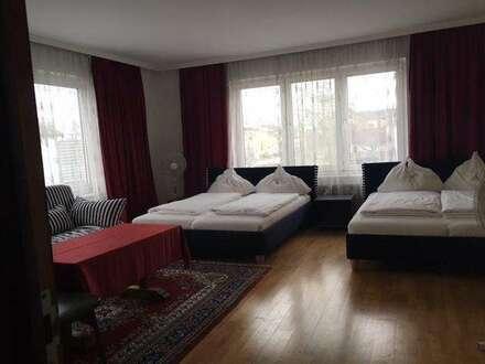 HOTEL / PENSION / VERANSTALTUNGSOBJEKT - Nähe Parndorf