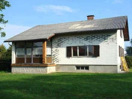 Ein- oder Zweifamilienhaus mit Garten