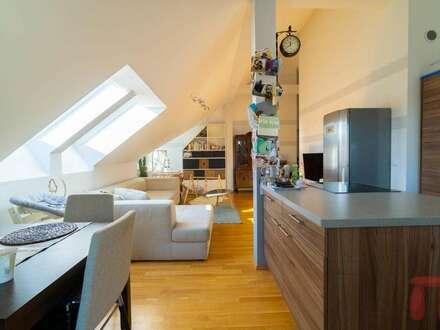 Wunderschöne Dachgeschoßwohnung mit Bergpanorama in Villach-Lind