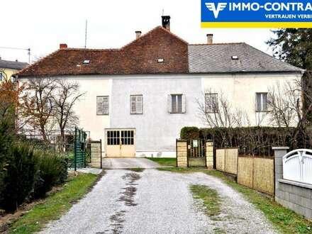 RESERVIERT! Dornröschenflair - Großzügiges Wohnhaus mit viel Potential