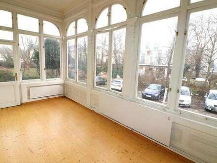 Zentrumnahes unbefristetes Büro in Jahrhundertwende-Villa!