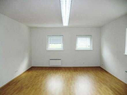 12196- Kleines Büro in Traisen zu vermieten!
