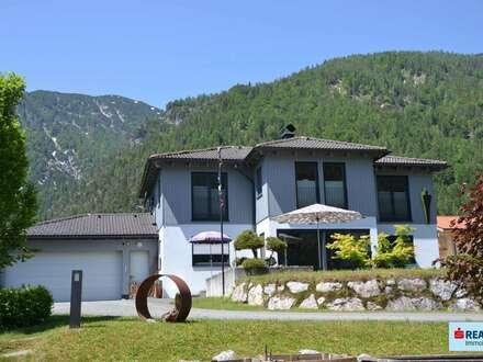 Neuwertiges Wohnhaus in wunderschöner Zentrumslage auf großem Grundstück mit ausreichend Platz für ein weiteres kleines Einfamilienhaus…