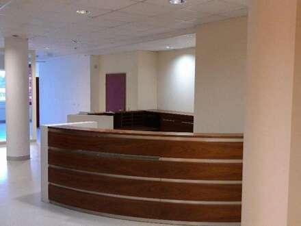 Nähe Sbg. Airport - Attraktive Ordinations- Ambulatoriumsflächen zu vermieten