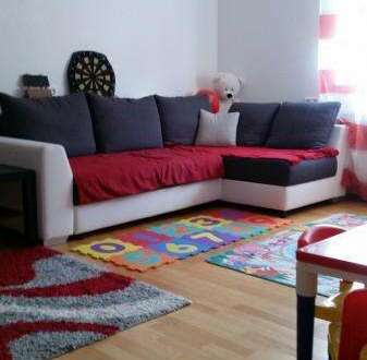 K3!!! Zentral und sonnig gelegene Stadtwohnung mit einem Schlafzimmer und getrennter, möblierter Küche u. Wohnzimmer!