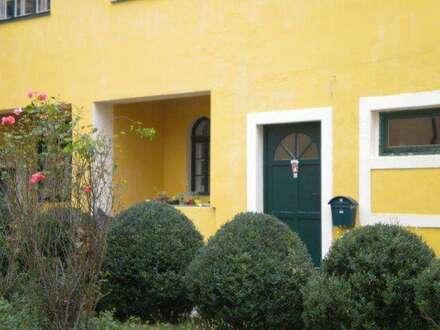 Wohnen am Gutshof in Grünruhelage - provisionsfrei - ca. 62 m2, neu renoviert
