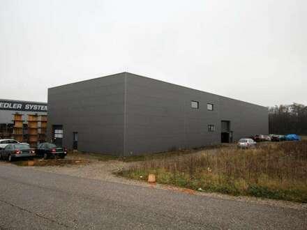 Werkstatt oder Lagerhalle mit Genehmigungen