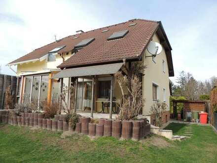 Familienfreundliche Doppelhaushälfte in Gerasdorf