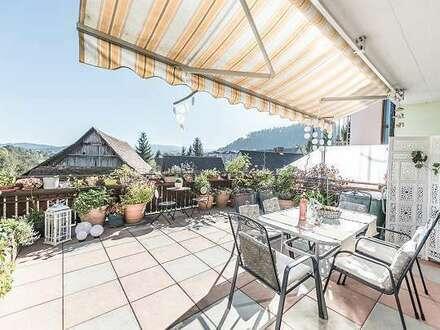 elegante Terrassenwohnung/ Maisonette - zentral und dennoch ruhig mit unverbauter Aussicht
