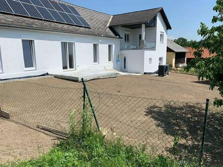 Neu renovierte 3 Zimmer Wohnung für 2 Personen oder Kleinfamilie ab sofort zu vermieten