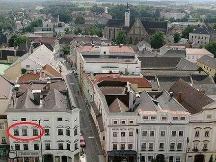 renovierte Altbauwohnung (100m2) mit Blick auf den Ennser Hauptplatz