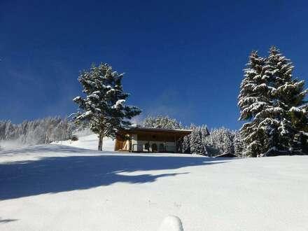 Hochwertig ausgestattetes Berghaus in Panoramalage mit Pistenanbindung mitten im Kitzbüheler Skigebiet (Erstbezug nach umfassender Renovierung)