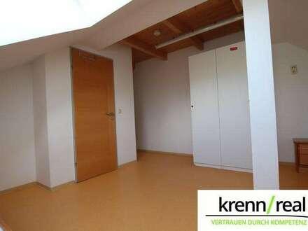 TOP PREIS! Gemütlich sanierte Dachgeschoß-Wohnung