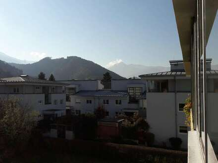 Provisionsfrei - Innsbruck Sieglanger: sonnige 4 Zimmerwohnung mit großem Süd-Balkon und Garage