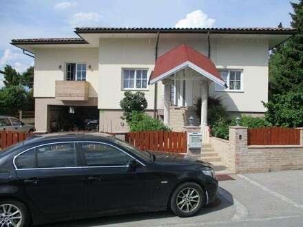 Luxuriös erbautes Einfamilienhaus