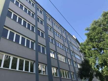 Modernes Bürohaus. 2.000m2. 250m2 Dachterrasse. 6 Stockwerke. Gute Lage im 20. Bezirk. Citynähe.