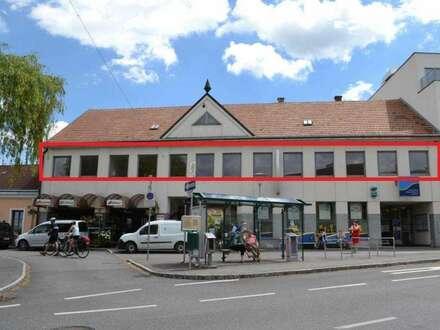 Branchenfreies Lokal mit 77 m² Terrasse
