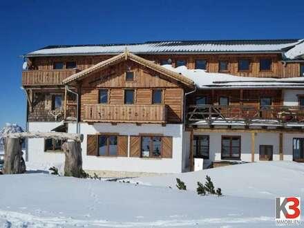 Neues Berghotel (kpl. renoviert) auf 1.500m Seehöhe im Salzkammergut!
