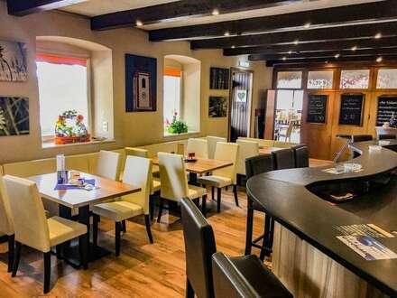 Gastro mit Bar, Saal, Terrasse, Seminarraum, Wohnung und Gästezimmer