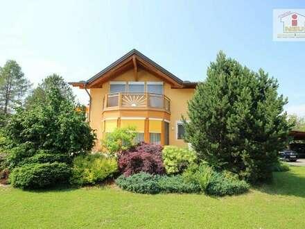 Perfektes, junges Haus in Feldkirchen mit traumhaften Park, Garten und wunderschöner Poollandschaft