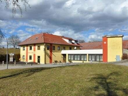 """Überregional bekanntes Gasthaus """"Löwengrube"""" mit laufendem Betrieb und Entwicklungspotenzial zu verkaufen"""
