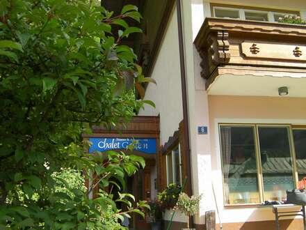 Grundstück 3909 m2 mit Haus mit 9 Appartements, gute Lage, guter Zustand mit Erweiterungsplan