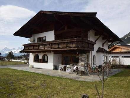Attraktives Einfamilienhaus in sehr schöner, sonniger, zentraler Dorflage