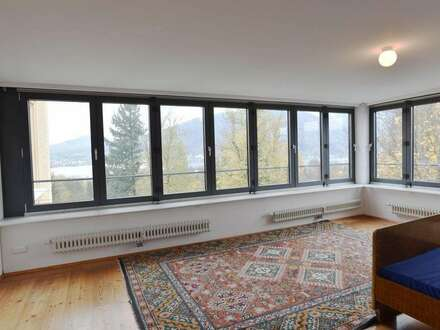 großzügige 3-Zimmer-Altbauwohnung mit fantastischem Blick