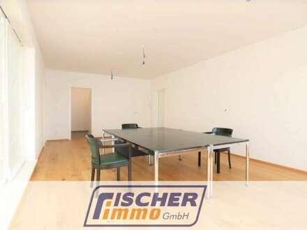 Top-modernes Büro/Praxis in Bahnhofsnähe inkl. Autoabstellplatz und kleiner Terrasse/20