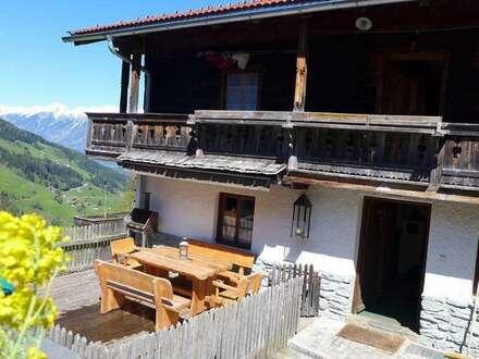 Schönes Bauernhaus mit tollem Bergblick in Alleinlage als Zweitwohnsitz/Freizeitwohnsitz – Nähe Wattens