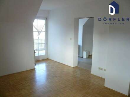 Feldkirchen/Lindl - Dachgeschoßwohnung mit Westbalkon