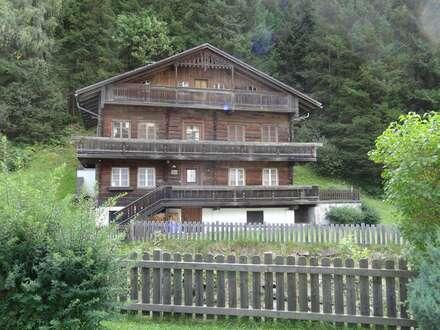 Altes Holzblockhaus zu verkaufen