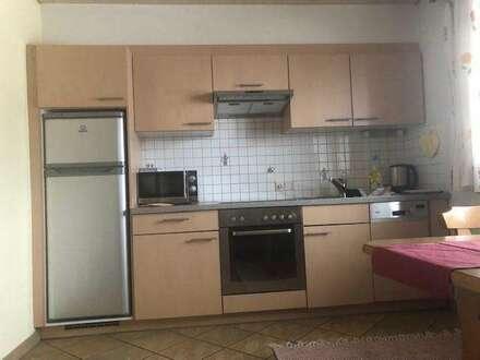 sonnige 2,5 Zimmer Wohnung mit Balkon