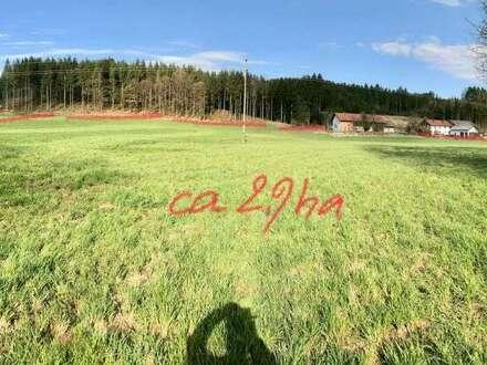 3 ha Grund mit Teilsaniertem Bauernsacherl Nähe Mattighofen
