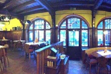 Restaurant, direkt an der Ötztalstrasse, zentrale Lage und betriebsbereit.