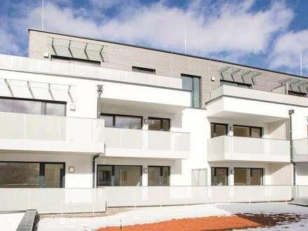 ERSTBEZUG: Letzte 2-Zimmer Eigentumswohnung mit großer Terrasse und Gartenanteil
