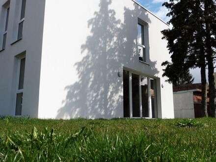 Bestlage - Haus mit 5 Zimmern - Garten und Autoabstellplatz im Zentrum von Leobersdorf