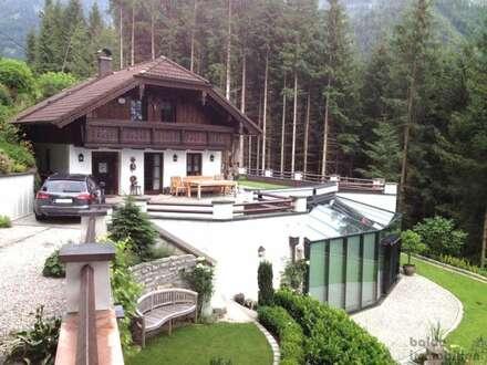 Salzburg Tennengau: Exklusives Haus in den Bergen zu verkaufen!