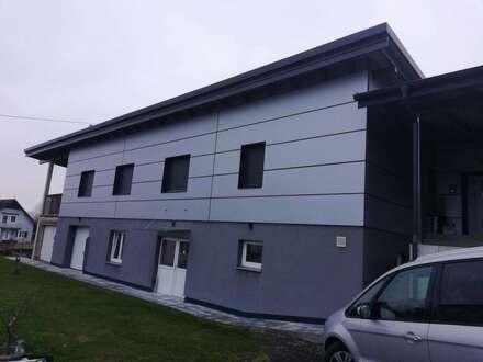 """""""Provisionsfrei"""" - modernes grossräumiges Haus mit Geschäftsräumen bzw. Werkstatt etc. zu kaufen"""